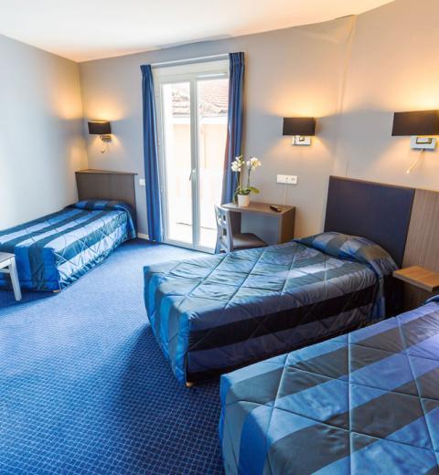 Hotel d'Irlande 3 étoiles Lourdes chambre triple