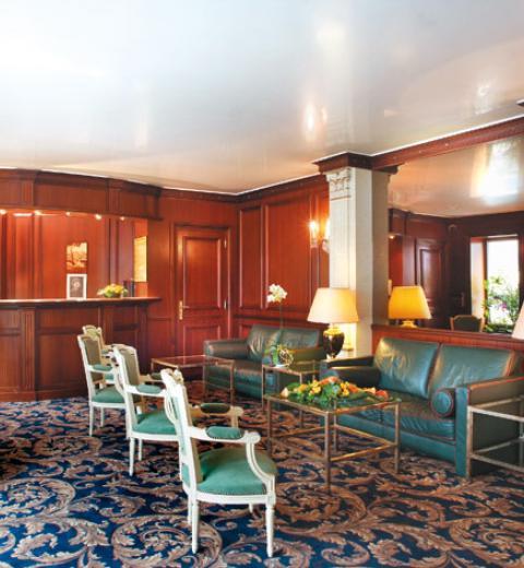 Hotel d'Irlande 3 étoiles Lourdes la réception