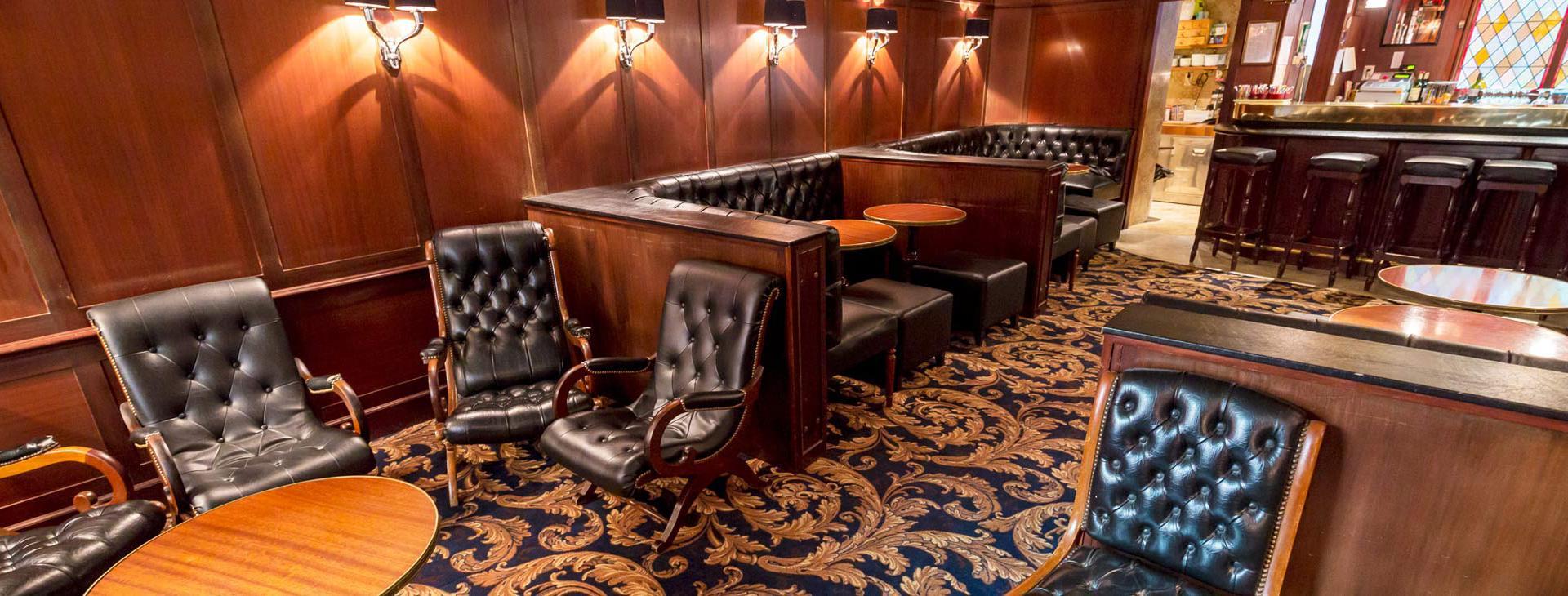 Hotel d'Irlande 3 étoiles Lourdes salon moderne
